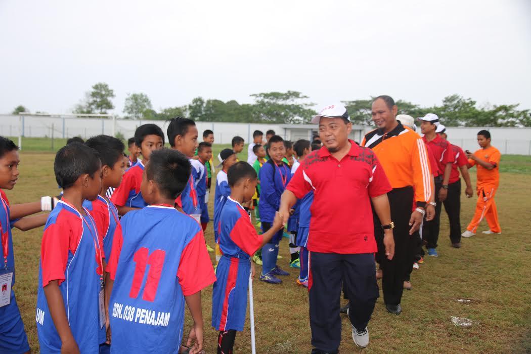 Persatuan Guru Olaraga Menggelar Liga Sepak Bola Antar Siswa Sekolah Dasar