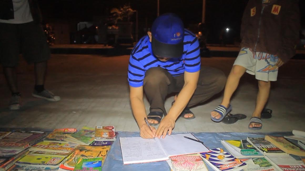 Sekda PPU Kunjungi Literasi Jalanan Komunitas Gembel