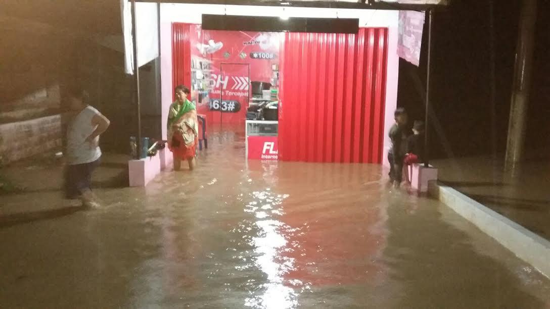 Banjir Setinggi 2 Meter Rendam 3 Rumah di Babulu