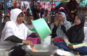 KUW Bina Bersama Manfaatkan Buah Pohon Mangrove Sebagai Olahan Makanan