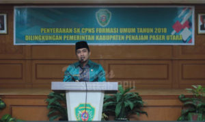 Penyerahan SK CPNS Formasi Umum Tahun 2018