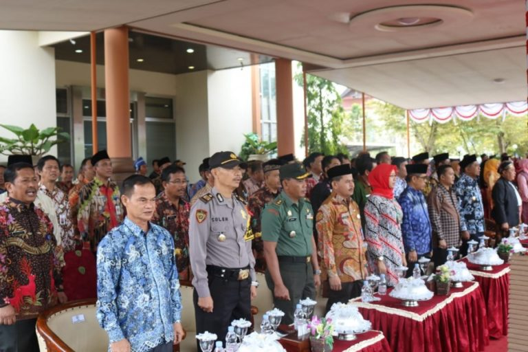 Kabag Sumda Polres PPU Hadiri Upacara Peringatan Hardiknas 2019